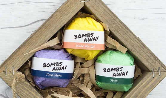 Bath bomb labels in use