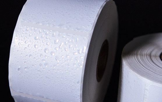 Weatherproof white matte inkjet roll labels in use